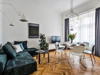 Kalmia Apartment