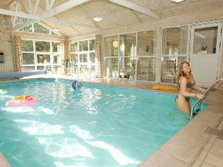 Mariager Holiday Home Sleeps 10 with Pool and WiFi - 5060533
