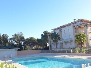 2 bedroom Apartment in Saint-Aygulf, France - 5700166