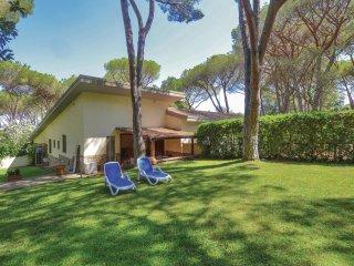 3 bedroom Villa in Punta Ala, Tuscany, Italy : ref 5549576