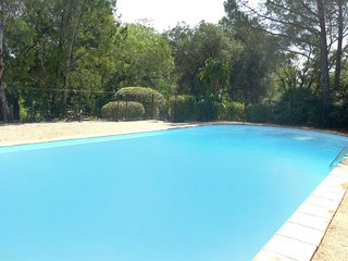 2 bedroom Apartment in Pardigon, Provence-Alpes-Cote d'Azur, France : ref 570009