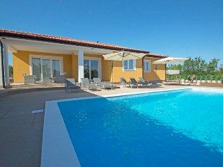 3 bedroom Villa in Labin, Istarska Županija, Croatia : ref 5423045