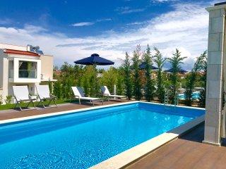 Premium 3 Bedroom Villa | Private Pool [W Villas]