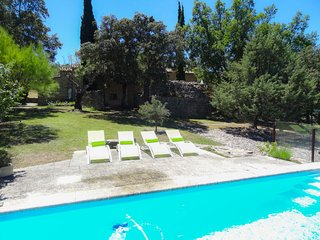 2 bedroom Apartment in Bonnieux, Provence-Alpes-Cote d'Azur, France : ref 548128