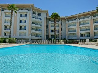 1 bedroom Apartment in Frejus-Plage, Provence-Alpes-Cote d'Azur, France : ref 54