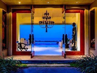 Villa 78 - sea view (3 bedroom option) with Thai chef service