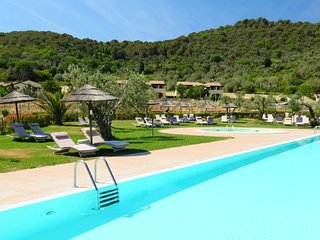 2 bedroom Apartment in Campiglia Marittima, Tuscany, Italy : ref 5055835