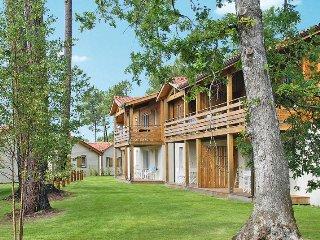 3 bedroom Apartment in Parentis-en-Born, Nouvelle-Aquitaine, France : ref 543501