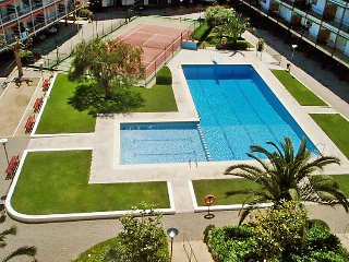 2 bedroom Apartment in Sant Andreu de Llavaneres, Catalonia, Spain : ref 5038237