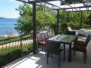 Novigrad Apartment Sleeps 5 with Air Con and WiFi - 5466940