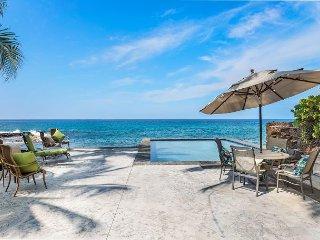 Hale Grace Aloha Oceanfront Retreat