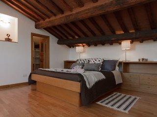 Crispi Apartment near Spanish Steps