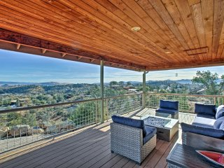 Prescott House w/ Granite Mtn & Thumb Butte Views!