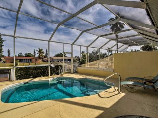 NEW! 2BR Townhome w/ Screened Pool & Private Dock!