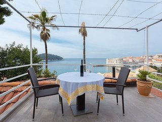Cozy apartment in the center of Dubrovnik with Internet, Air conditioning, Balco