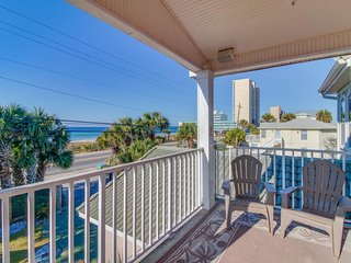 Beautiful, waterfront home w/ enclosed yard, patio, balcony & private beach