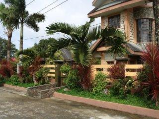 4BR house with garden near Lourdes Church