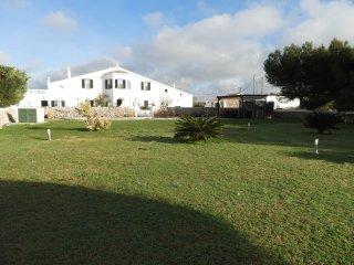 Finca con amplio jardin y piscina privada, WiFi gratis