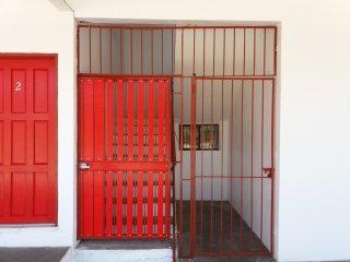 Puerta de seguridad de acceso al segundo y tercer piso