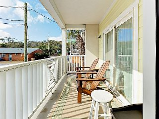 Modern 2BR Condo w/ Private Balcony - Less Than 1 Block from Main Beach