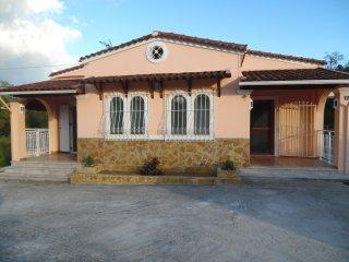 Fabulous Villa X 6 - 8 in a green surrounding in Lefkimmi on Corfu island