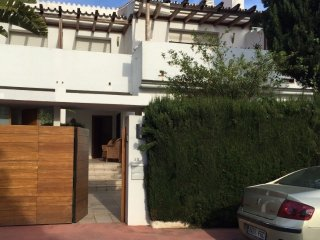 San Pedro / Puerto Banus - House / Beach 100 Mtrs, Lovely, Tranquil, Spacious