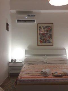 Camera da letto con vista Monte Pellegrino
