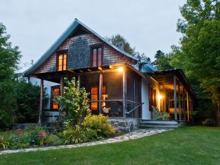 Cedar Creek House, Petit Train du Nord