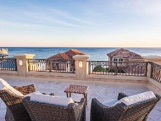 PALATIAL DESTINY HOME! DIRECT BEACH VIEWS!  AMAZING ROOFTOP OBSERVATION DECK!