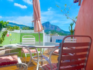 AWARD WINNING IPANEMA DUPLEX PENTHOUSE POST 9 *****