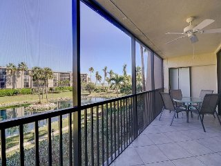 Sundial O203: Spacious Condo w/ Open Floor Plan, Gulf Views & Great Location!