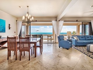Gorgeous oceanfront condo with 3 pools. Family-friendly with amazing views!