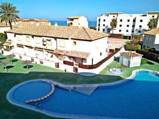 Apartamento a pocos metros de la Playa de Oliva