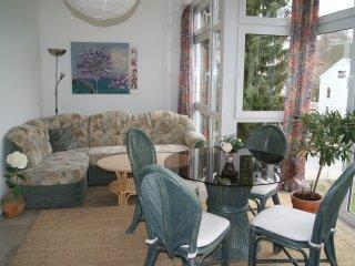 82 qm Ferienwohnung direkt am Rosengarten Bad Elster *Haus Parzival* 2.OG