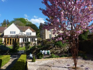Period modernised village house near Bath