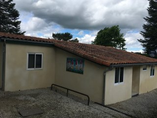 Mooi en complee ingericht huisje Op Village Le Chat