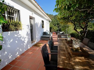 Charming Finca Santa Ana on the outskirts of the village center