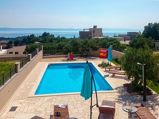 5 bedroom Villa in Puharici, , Croatia : ref 5572511