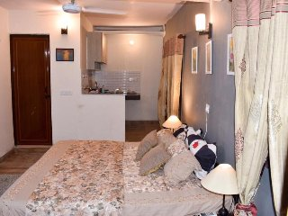 your best choice in south Delhi near to airport and metro