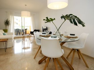 Cozy Rentals Mijas - Ocean. Terrace, parking, pool and WIFI.