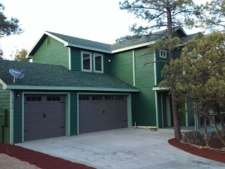 Nestled amongst Ponderosa Pines in Historic Williams/Gateway to the Grand Canyon