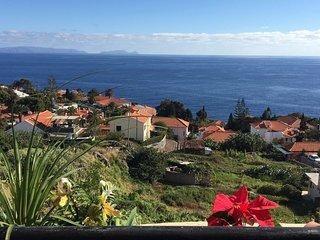 Ferienwohnung mit Meerblick in ruhiger Lage