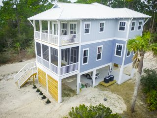 Tidewater Retreat-New Gulf View Vacation Rental!