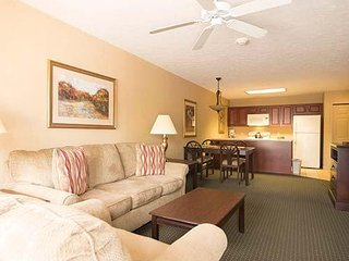 Lake Harmony, Pocono PA 2-bedrooms/baths, sleeps 8