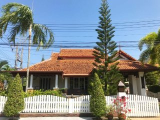 Kamala 14 Thai style house 3 bedroom shared pool