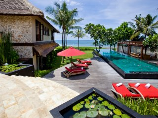 Villa Sound of The Sea 5 Bedroom, Canggu, Bali