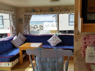 Seaview I Sunnysands Barmouth Wales,  is a comfortable holiday home.