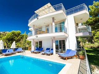 Luxury  villa in İslamlar / kalkan, sleeps12, 169