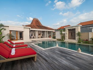 Villa Manggala 4 Bedroom, Echo Beach, Canggu