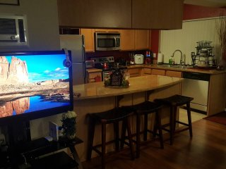SEARCH NO FURTHER,YOU ARE HERE! Bedroom/ 2 Bath, Close to Camp Pendleton & Beach